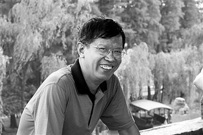 杨少衡:作家要深入思考敏感题材