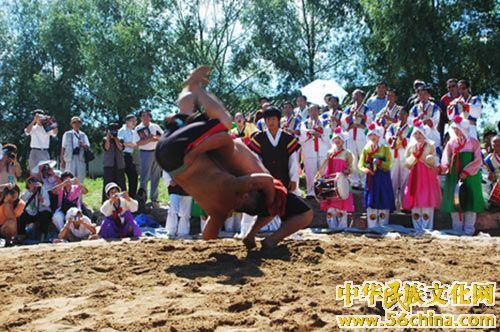 朝鲜族摔跤(图)