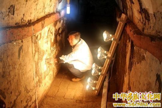 探访西安唐宰相韩休墓珍贵壁画揭取搬迁
