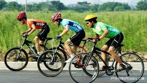 单车意外易生脑创伤 安全需戴头盔