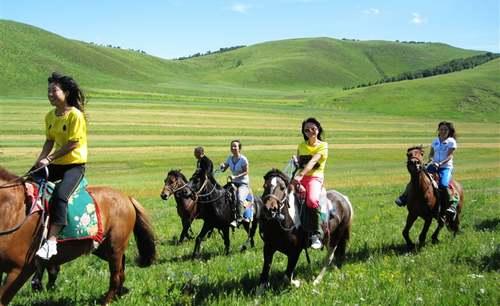 四条精品旅游线游历壮美内蒙古