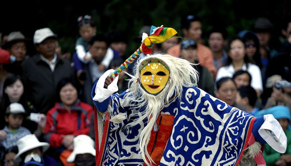 8月20日,西藏拉萨一年一度的重大传统节日雪顿节开幕